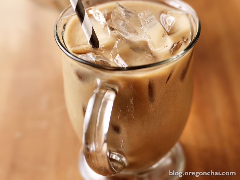 iced chai tea latte recipes to beat the summer heat oregon chai blog. Black Bedroom Furniture Sets. Home Design Ideas