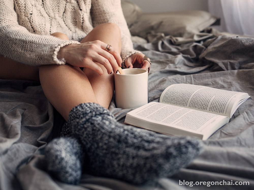 Winter Reading List: 6 Great Books to Enjoy with a Warm Mug of Chai Tea